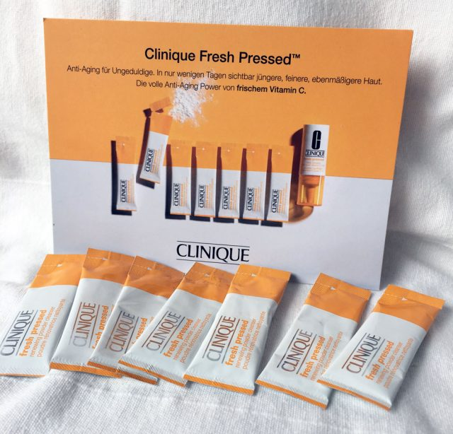 Clinique Fresh Pressed Puder Test